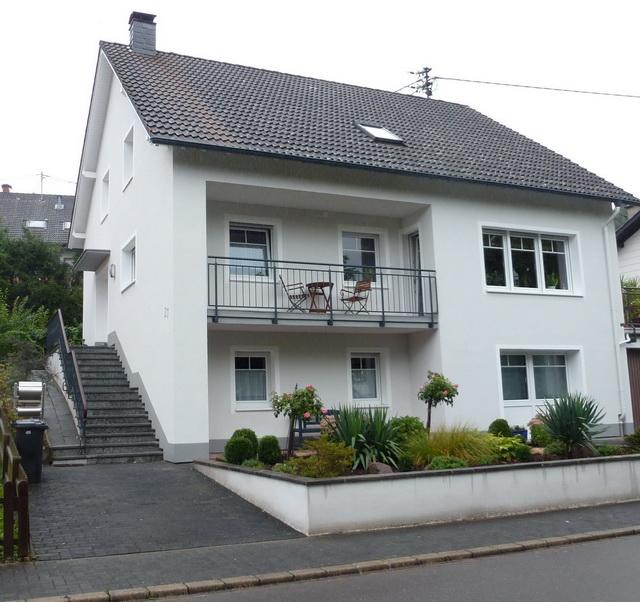 01_FeWo_Schmitz_am_Eifelsteig_Haus
